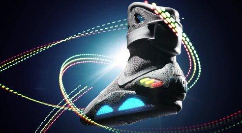Nike Mag: Zurück in die Zukunft Schuhe werden auf ebay versteigert.