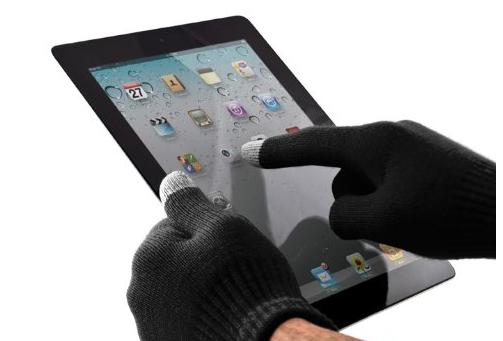 Die Proporta Handschuhe mit Apple iPad 2